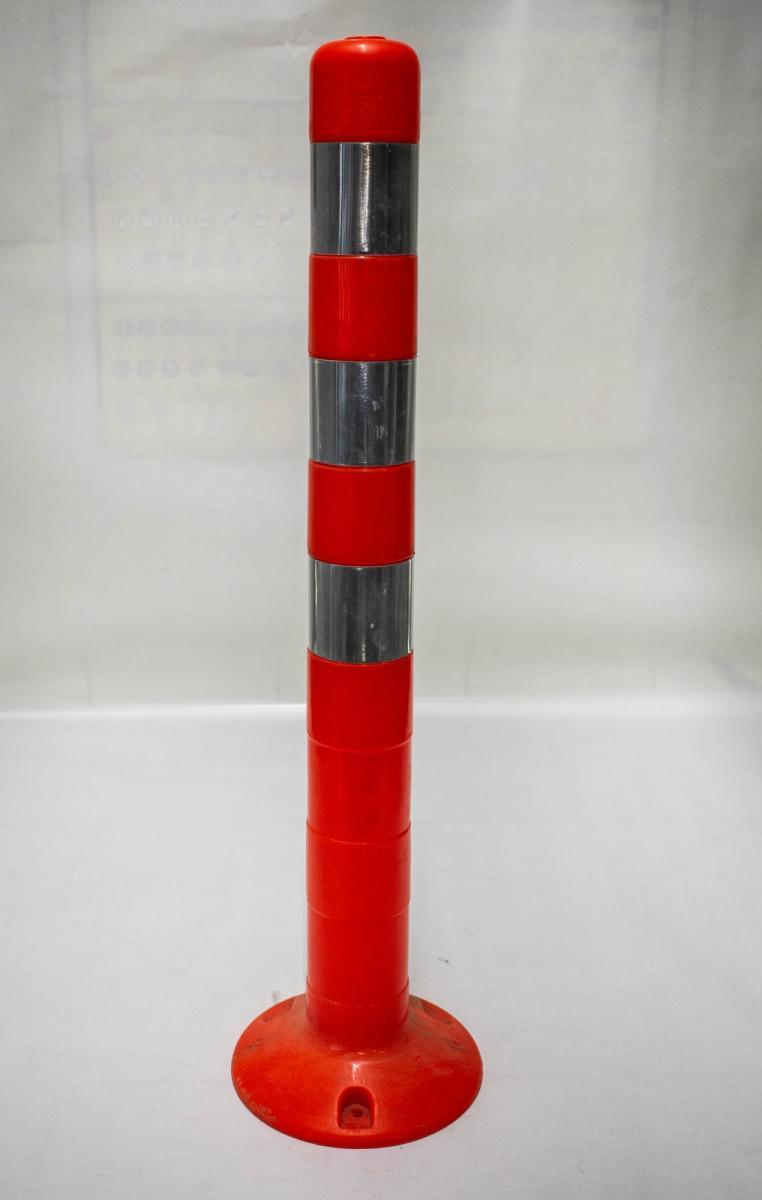 Пластиковый дорожный столбик 750 мм