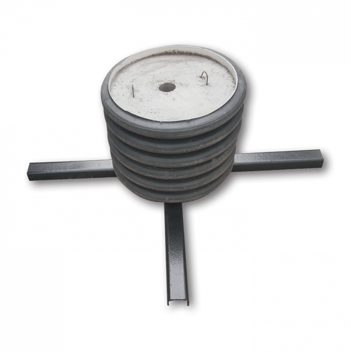 Основание знака железобетонное, диаметр стойки 76 мм
